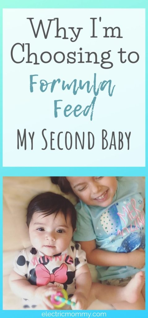Deciding whether or not to breastfeed your child is not an easy decision. I decided not to breastfeed my second daughter. It was the right thing for me and my family and here's why!   Are Formula Fed Babies Healthy?   Formula vs Breastfeeding #formulafeeding #newbornbaby #breastfeeding #pregnancy #fedisbest #baby #newborn #feedingschedule