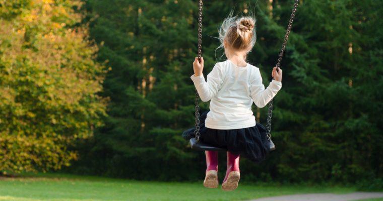 Raising Confident Daughters – 8 Ways to Raise Girl Bosses
