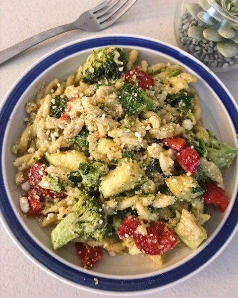 Lemon Veggie Pasta with Parmesan, Lemon Pasta, Lemon Parmesan, Pesto Pasta, Healthy Dinner Recipes, Vegetarian Dinner Recipes