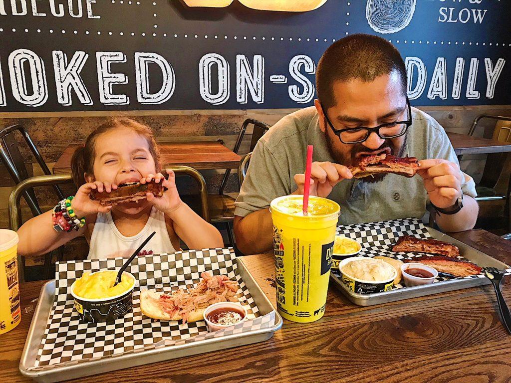 Fun Family Meal | Easy Dinner Ideas | Sunday Dinner Ideas | Family Restaurant | Family Dinner Ideas | Quick and Easy Dinner #RibsAndABigYellowCup FamilyMeal #DinnerIdeas #Shop #Cbias